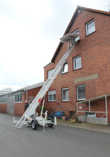 Möbelaufzug » Baumaschinen Boneß GmbH