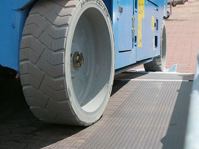 Baumaschinen Transport Anhänger GH-1054A » Baumaschinen Boneß GmbH