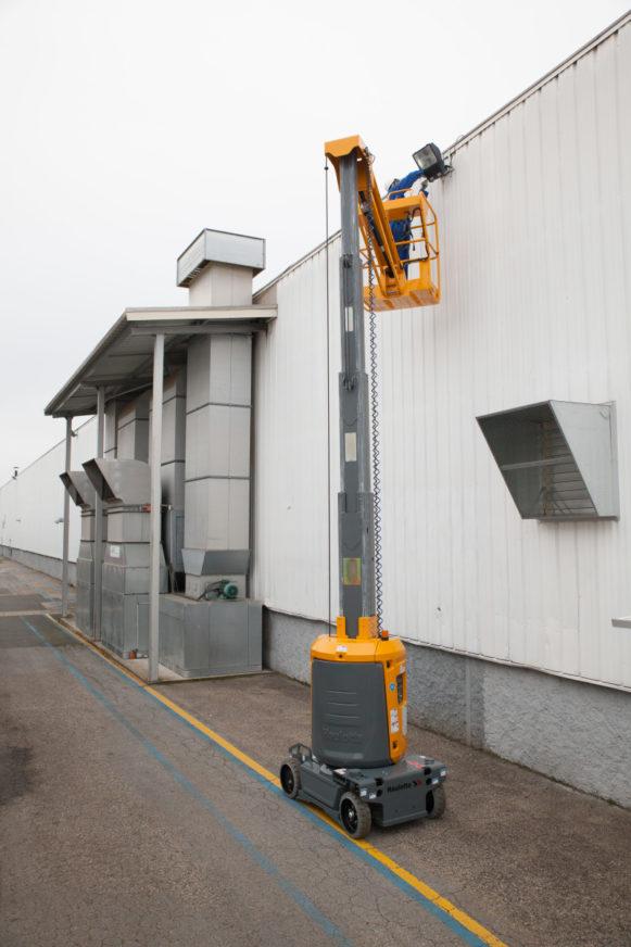 Teleskopmastbühne Haulotte Star 10 » Baumaschinen Boneß GmbH