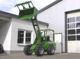Hoflader 505 YA Striegel » Baumaschinen Boneß GmbH